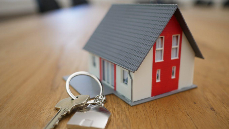 Koupě domu po celá léta - co byste měli mít na paměti